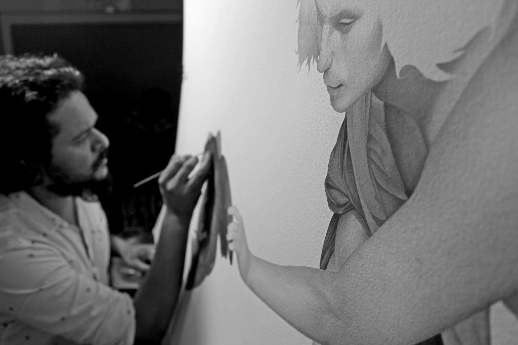 The artist in his studio. Image courtesy of Irfan Hasan. All rights reserved.