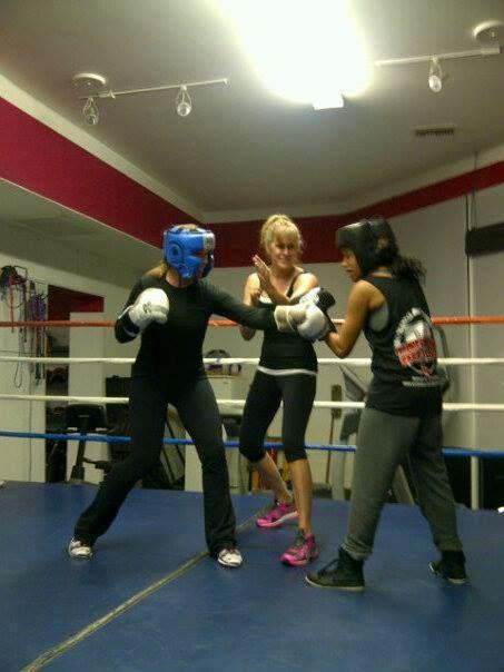 Women's Fight Club KH Mezek